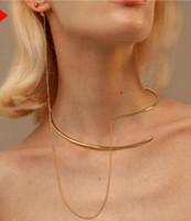 une chaîne de boucle d'oreille achat en gros de-Designer New TM Collier en plaqué or avec pendentif chaîne + boucles d'oreilles Un collier Simple Wild Counter Gift