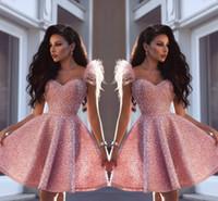 ingrosso piume di abito corto rosa-Said Mhamad Pink Sweetheart Major Bordare Abiti da cocktail corti con cinghie di piume Lunghezza al ginocchio che borda cristalli Breve vestito da promenade