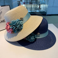 Wholesale flat summer straw hat for sale - Group buy Vintage Gold Straw Hat Bee Lady Fashion Wide Brim Sunscreen Flat Spring and Summer Travel Cap