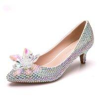 beyaz kedi yavrusu düğün ayakkabıları topuklar toptan satış-Lüks düğün ayakkabı beyaz rhinestone gelin ayakkabı pompalar küçük Yavru topuk kadın parti ayakkabı yüksek topuklu pompalar