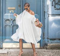 асимметричное платье batwing оптовых-Лето Совок Шеи Выдалбливают Платье Batwing Рукавом С Асимметричным Платьем Шифон С Плеча Fly Рукавом Платье