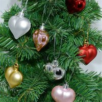 реквизит в форме сердца оптовых-Рождественская елка украшения комнаты сердце любовь Shaped Шариковые украшение Реквизит для DIY Рождество для вечеринок Подарки