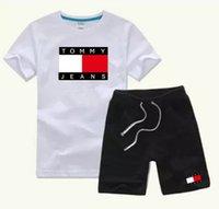jungen designer-shorts großhandel-HEIßE Neue 2018 top Designer Marke Kinder Jungen Mädchen Sportbekleidung Baby Kurze Ärmel Anzug Kinder Set 2-7 T