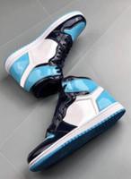 botas altas de charol al por mayor-Con Box 1s High OG Blue Chill zapatos de baloncesto para hombre 1 UNC Patent WMNS ASG Obsidian Outdoor Boots All-Star Game Zapatillas de deporte de alta calidad