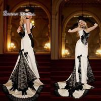 uzun beyaz mermaid elbiseler toptan satış-2019 Vintage Uzun Beyaz Saten Mermaid Gelin Elbise Siyah Dantel Yaylar Seksi Akşam Resmi Kıyafeti High-end Düğün Butik Giymek