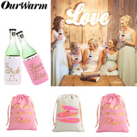 novia puede al por mayor-OurWarm Bride Bachelorette Party Decoration Pink Candy Bags Beer Can Cooler Covers para Gallina Party Decor Birde to Be Favour