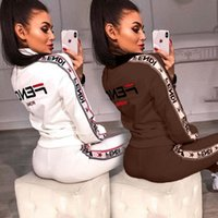 fato de treino longo de mulher venda por atacado-Defende Mulheres Treino Designer Autumn manga comprida casacos Zip Tops Brasão + Pants 2 Pieces roupas Sportswear Casual Suits Streetwear C73006