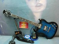 frente rosa venda por atacado-Frete grátis, novo avançado guitarra elétrica SG, frente azul chama top, preto de volta, rosa fingerboard, hardware de ouro, pode ser personalizado.