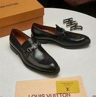ingrosso pattini casuali di affari degli uomini neri-2019 Marchio di lusso uomo vestito scarpa La parte inferiore della spessa scarpe di lusso da uomo affari Oxfords scarpe casual nero business scarpe