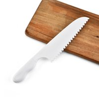 kırmızı işlenmiş bıçak takımları toptan satış-Çocuklar Saftey Bıçak Marul Salatası Bıçak Tırtıklı Plastik Kesici Dilimleme Kek Ekmek Cook Çocuk DIY Ücretsiz DHL İçin Mutfak Bıçağı