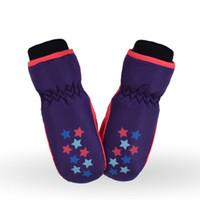 варежки для детей оптовых-2019 Kid Winter Warm Gloves Hot Waterproof Windproof Mittens Boy Girl Kids Children Thickening Outdoor Warm Ski Gloves Xmas Gift