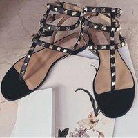 ingrosso zapatos gladiatore-Zapatos Mujer Colour Rivets Spiked Gladiator Sandali piatti Pietre con borchie Sandali con fibbia Designer di grandi dimensioni Donna Scarpe economiche
