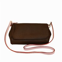 Wholesale soft key covers for sale - Group buy Clutch Bags Toiletry Pouch Handbags Purses Men Wallets Women Handbag Shoulder Bag Wallets Card Holder Fashion Wallet Chain Key Pouch