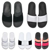 zapatillas de la habitación del hotel al por mayor-2019 hombres mujeres diseñador BENASSI ultra zapatillas negro blanco rosa para el hotel de playa de verano cuarto de ducha interior antideslizante para hombre sandalias