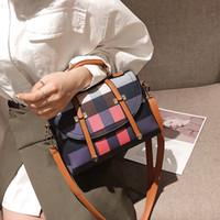 bayan küçük satchel çanta toptan satış-Ekose Omuz Çantaları Boston çanta bayan Sözleşmeli Kilit Omuz Çantaları Küçük Mini Rahat Satchel Çantalar kuerya / 12