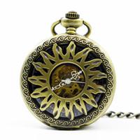 número de diseño de flores al por mayor-Fashion Golden Flower Sun Hollow Diseño Caso Con Número Romano Esqueleto Mecánico Fob Reloj de Bolsillo Regalo para Hombres Mujeres PJX1257