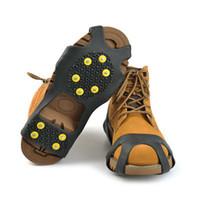 crampones de cadena al por mayor-10 Dientes Garras crampones zapatos antideslizantes cubierta de goma Pinza picos de hielo al aire libre de la cadena de esquí Senderismo Escalada Pinza ZZA1465