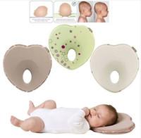 conception d'oreiller d'enfants achat en gros de-0-3T Nouveau design oreiller pour bébé anti-roulement tête plate Cou Prévenir les enfants fille garçon alimentation oreiller en forme de coeur