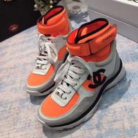 stiefel d großhandel-Der neueste Designer Ankle Desert Boots dicke Ferse Schuhe Herren und Damen Stiefel Leder Luxus Sommer Schuhe Martin Stiefel Größe 35-45