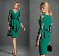 57f9fd25c5f 2019 Green Mother of the Bride Dresses V Neck Long Sleeve Lace Satin Evening  Gowns Prom Wear Knee-Length Formal Guest Dress