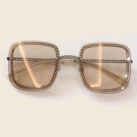 boite à lunettes achat en gros de-Été Carré Lunettes De Soleil Pour Les Femmes 2019 Marque Designer Vintage Chaîne Nuances Femme De Mode De Haute Qualité Lunettes De Soleil Avec Boîte
