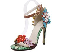 sandalias de encaje negro hasta sandalias al por mayor-2019 Nuevo listado de zapatos de vestir para mujer sandalias de tacón alto Diseñador de flores de serpiente sandalias de mujer sandalias 0365