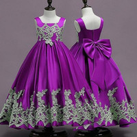 vestidos infantiles para boda púrpura al por mayor-Púrpura vestidos de niña de las flores para la boda del partido 2019 con apliques de encaje cuello cuadrado más el tamaño infantil del niño Vestidos de primera comunión