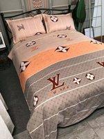 ingrosso letti queen size cotone-Calda marca stampata cotone 4 pezzi vestito set di biancheria da letto di moda cuscino di lusso queen size di lusso trapunta copertura ape morbido estate forniture