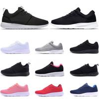 ingrosso scarpe sportive leggeri-Nike Roshe Run Fashion stan Scarpe Smith di alta qualità Scarpe da corsa casual da uomo in pelle da donna Scarpe da corsa da skateboard taglia eur 36-45