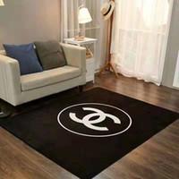 schlafzimmer matte teppich großhandel-Heißer Verkauf Marke C Weiß Schwarz Teppich Rechteck Marke Design Schlafzimmer Teppich Wohnzimmer Couchtisch Teppiche Heiße Matten Teppichboden Hause Badematte