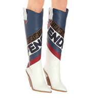 rodilla roja botas altas al por mayor-Azul Blanco Rojo Rodilla de cuero Botas altas de vaquero Punta estrecha Diseñador de la marca Tacones altos Botas de otoño Zapatos de mujer Raya de cuero real Mujer