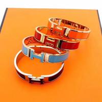 gold pferd armband großhandel-18 Karat Gold 316L Edelstahl Pferd Armreif h Armband für Frauen und Herren Armbänder Luxus Designer Schmuck Geschenk Marke