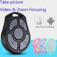 iphone bluetooth uzaktan kumanda kontrolü toptan satış-Yeni 5 Anahtar Özçekim Deklanşör Bluetooth Uzaktan Kumanda Zamanlayıcı hızlı kamera / esnek zoom / ayarlanabilir lens / video iPhone Android Akıllı Telefonlar Için