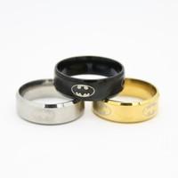 anéis de aço inoxidável de titânio prata 316l venda por atacado-Chegada nova COOL 316l Aço Inoxidável Batman Banda Anéis de Aço Titânio Anéis Para As Mulheres e Homens de Prata Prateado Ouro pode ser Misturado