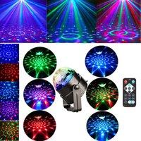 ingrosso luce rotante del partito principale mini-Mini telecomando RGB LED Crystal Magico girevole Luci della fase della palla Sound Activated Disco Light Music Natale KTV Party EU / US / UK Plug