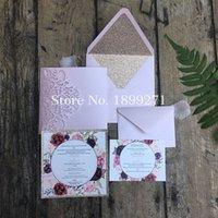 ingrosso inviti piegati quadrati-1 pz Blush Light Pink Tri-fold Square personalizzato carta all'ingrosso taglio laser carte di invito a nozze con carta regalo RSVP