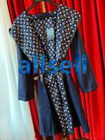 kız giyim toptan satış-üst uç kadınlar kızlar kapüşonlu sarma ceket monogram motifi midi trençkot rüzgarlık ceket kemer uzun kollu moda dış giyim uzun ceket