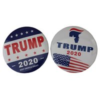 broches redondos pin al por mayor-Ronda de moda Trump 2020 Broche Carta Keep America Great Pins Creativos Elecciones presidenciales Pins Party Favor Gift TTA1529