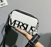 ingrosso messaggero sportivo-Designer Donne Messenger Bag Sport Style Shoulder Bag Lady Lettera spalla larga cinghia Piccolo Crossbody Borse Fashion Disco Girl Crossbody / 4