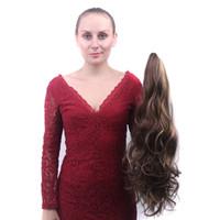 weave de cabelo sintético ombre venda por atacado-Weave Curly Marrom Ombre Garra Rabo De Cavalo Sintético Grampo de Cabelo Na Extensão Do Cabelo Peruca Rabo De Cavalo 22inch