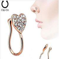 алмазный нос оптовых-Пирсинг орнамент сердце нос гвоздь кольцо с алмазным сердцем новый стиль украшения носа без отверстия пирсинг кольцо три пакета
