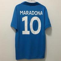 muestra gratis envío al por mayor-1987 1988 camisa de deporte retro Napoli muestra de edición limitada azul Nápoles Napoli camisetas de fútbol Maradona héroe hombres camisa envío gratis