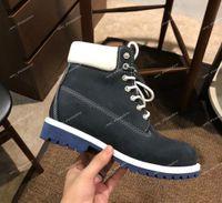 erkekler için en sıcak ayakkabılar toptan satış-Erkek Kadın Martin Çizmeler Lüks Tasarımcı Deri Sıcak Kar Rahat Ayakkabılar sneakers Orta Kesim Yürüyüş Yürüyüş Eğitim Çizmeler Sneakers