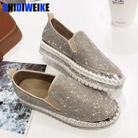 senhoras sapatos cristais venda por atacado-2019 marca de moda europeia Alpercatas Sapatos de Couro mulher trepadeiras flats senhoras mocassins loafers de cristal g361