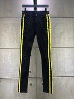 ingrosso nuovi jeans gialli per gli uomini-Moda di alta qualità Nuovo stile Uomo Denim Nero Jean Striscia gialla Pantaloni Fori Jeans Cerniera Uomo Pantaloni Pantaloni