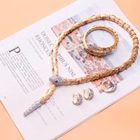 schmuck für hochzeiten großhandel-Neueste Luxus Armreifen Designer Ringe Bling Halsketten Klassische Ohrringe Schlange Armbänder Exquisite Hochzeit Ringe Modeschmuck Set Liebhaber Geschenk