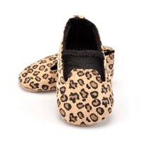 yenidoğan leopar ayakkabıları toptan satış-Yenidoğan Ayakkabı Kız Tuval Bebek Moccasins Bebek Leopar Yumuşak Sole kaymaz Ayakkabı Beşik Ayakkabı İlk Walkers 0-18 Ay