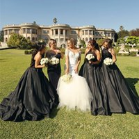 Wholesale dress style for maid honors online - Black A Line Bridesmaids Dresses For Western Country Garden Weddings Gothic Style Maid of Honor Gowns Plus Size Halter Appliques Backless