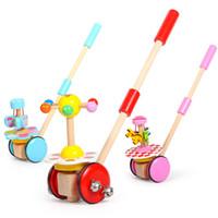 ingrosso vecchio giocattolo aereo-I bambini piccoli spingono in aria i piccoli giocattoli dell'aeroplano di 1-2-3 anni del bambino di legno di spinta di musica bambini del bambino del palo singolo