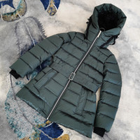 linha do casaco venda por atacado-2019 BBR venda quente das mulheres inverno jaqueta estilo curto punhos de fio com capuz, jaqueta feminina